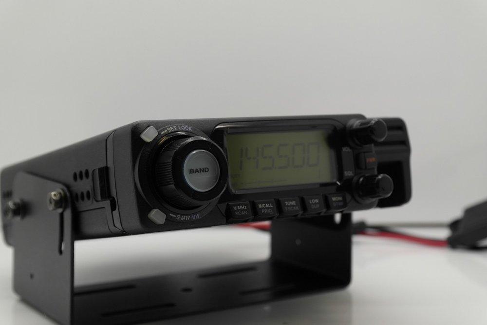 Seat Altea XL - Zapojenie vysielačky Icom IC-E208_04