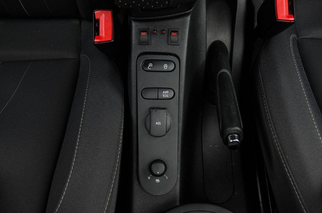 Seat Altea XL - Zapojenie vysielačky Icom IC-E208_09