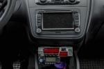 Seat Altea XL - Zapojenie vysielačky Icom IC-E208_08